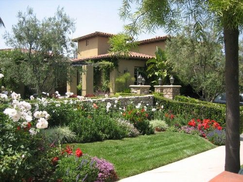 Mediterranean Landscape In Frontyand Design 500X375 How To Fill