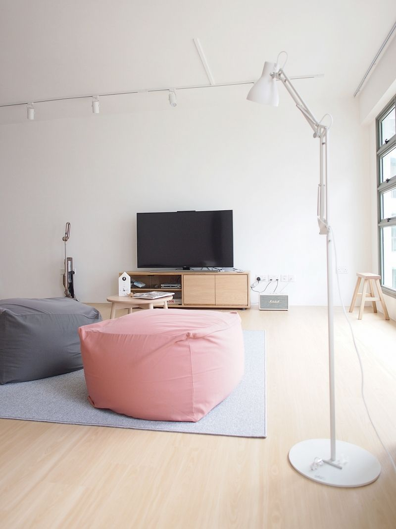 This room hdb flat in punggol shines in its simplicity