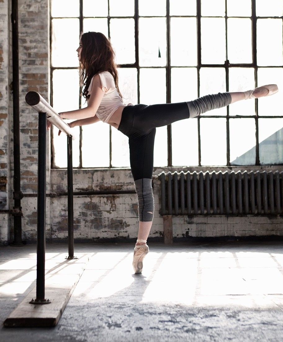 Barre Workouts: Stylish Leggings And Tanks