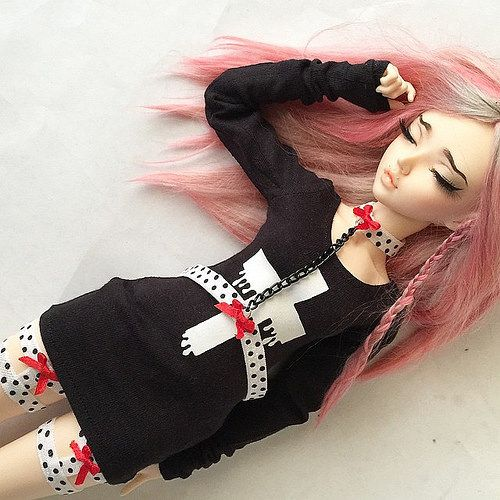 #pastel goth dresses being added to my #etsy in a few hours! Monstrodesigns.etsy.com @monstrodesigns #monstrodesigns #bjd #abjd #minifee | Flickr - Photo Sharing!