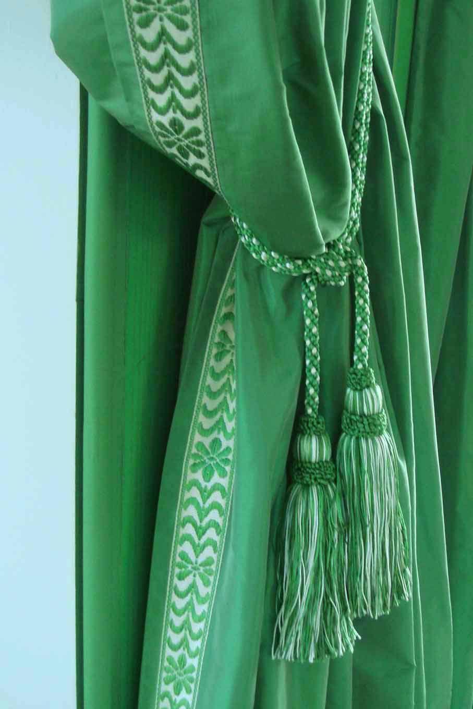 Kelly green velvet curtains - Fine Vibrant Green Embroidered Velvet Drapes
