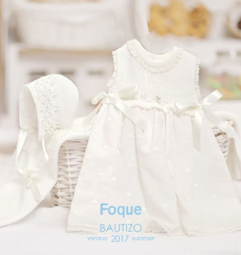 954b41f28 Conjunto para niña de bautizo marca Foque · Bonito conjunto de vestido y capota  para bautizo