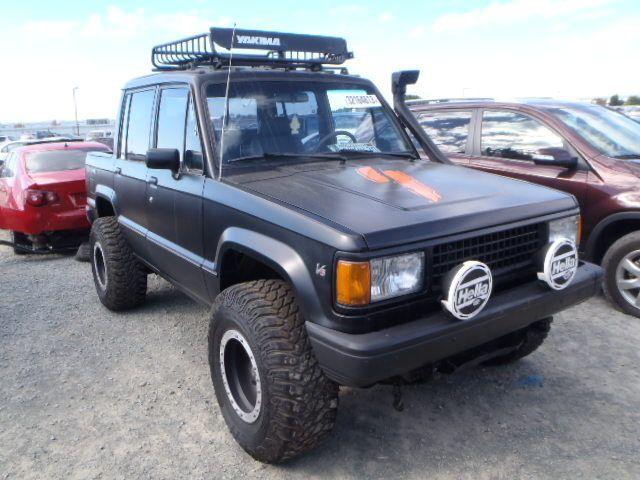 Isuzu Trooper Black Used Of The 1990 At 92154 Ca San Diego Trooper Little Truck 4x4 Trucks