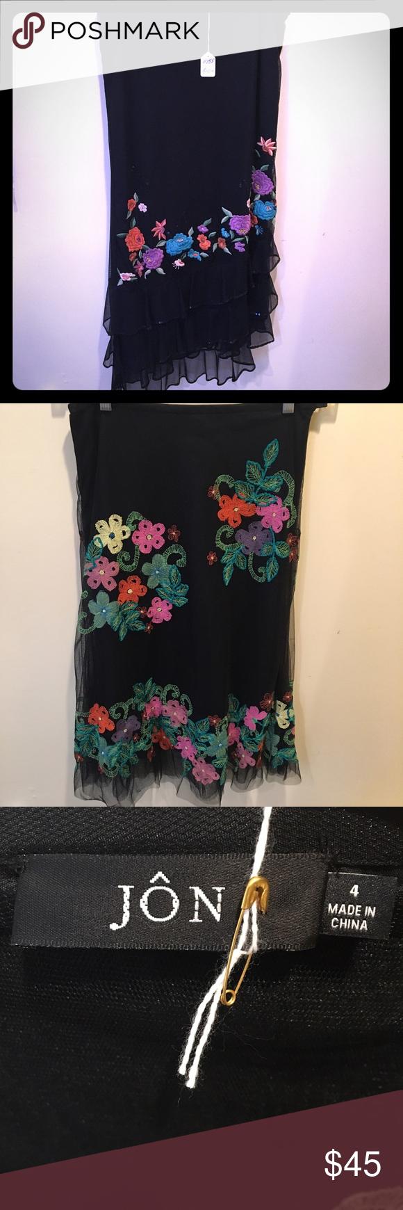 "Jon Embroidered Floral Trimmed Skirt Exclusive Wholesale Designer Jon Embroidered Floral Trimmed Skirt | flow Mid Length | size: 4 | 27"" waist | 36-37"" waist jon Skirts Midi"