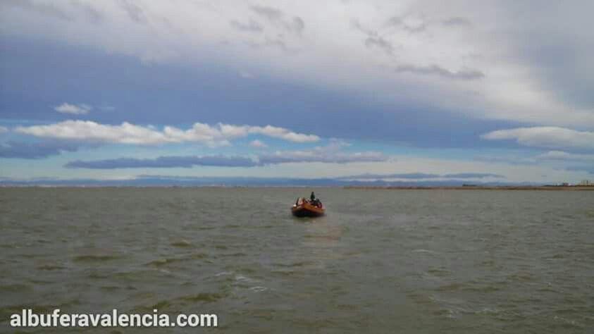 paseo en barca por l'albufera