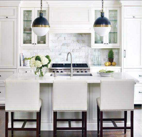 Kitchen Splashback Tiles - Marbled Subway Tile Design