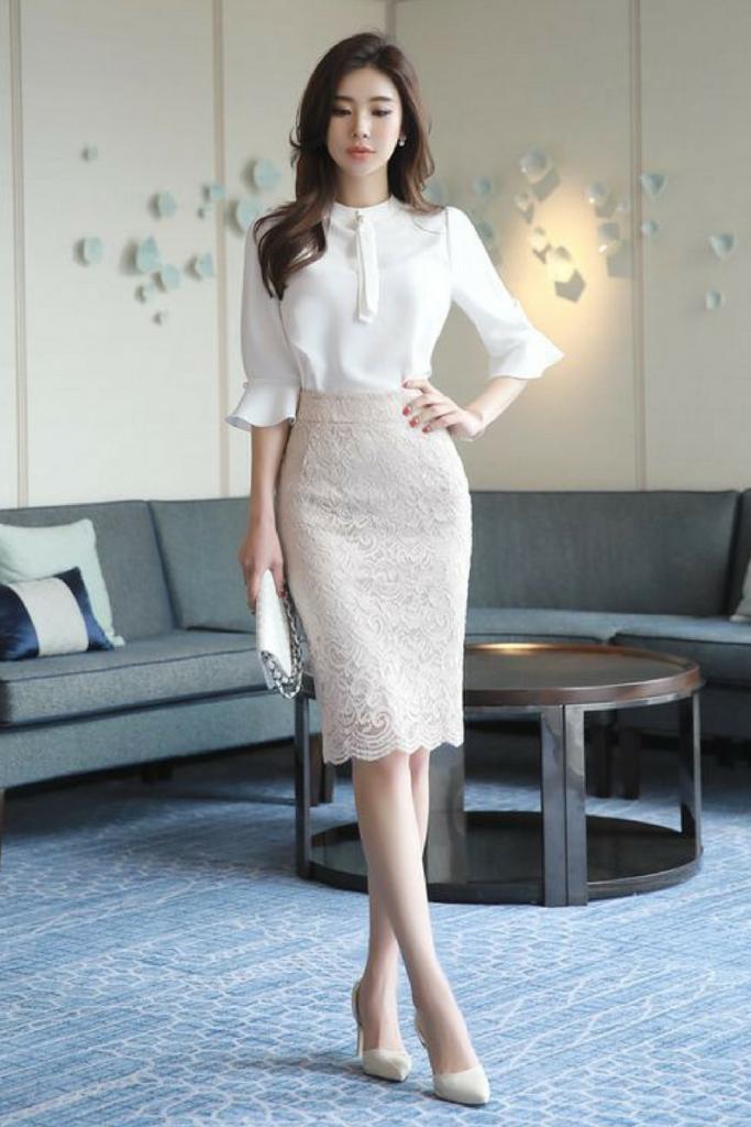 Mau Tampil Stylish Saat Ke Kantor Inilah 10 Inspirasi Office Look Ala Cewek Korea Styling Pod Gaya Model Pakaian Rok Model Pakaian