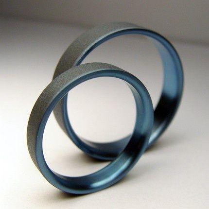 The Original Pinstripe Titanium Ring Wedding band set in Pale