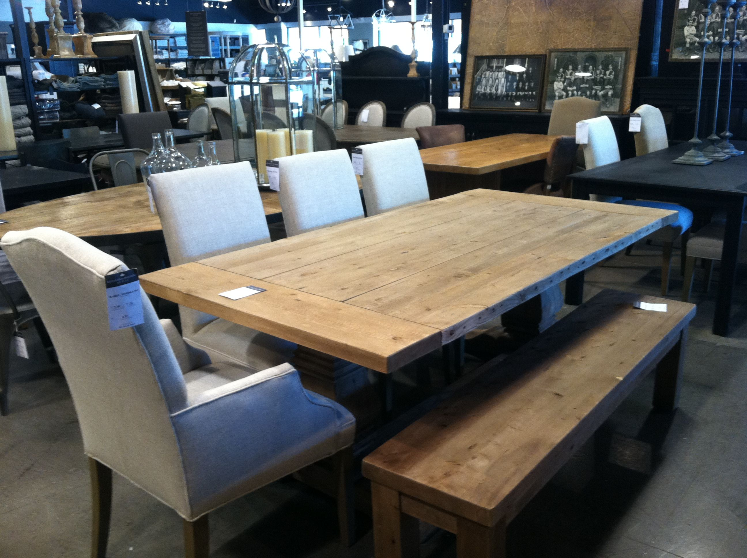 Restoration Hardware Outlet >> Dining Room Table At Restoration Hardware Outlet Dining