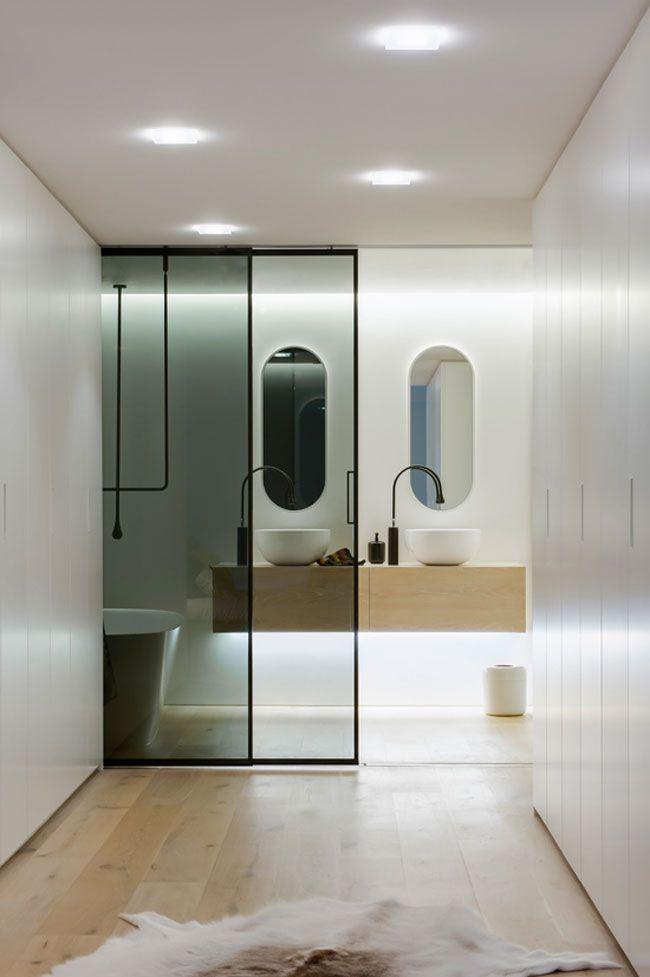 Une salle de bain contemporaine Washroom design, Bathroom designs