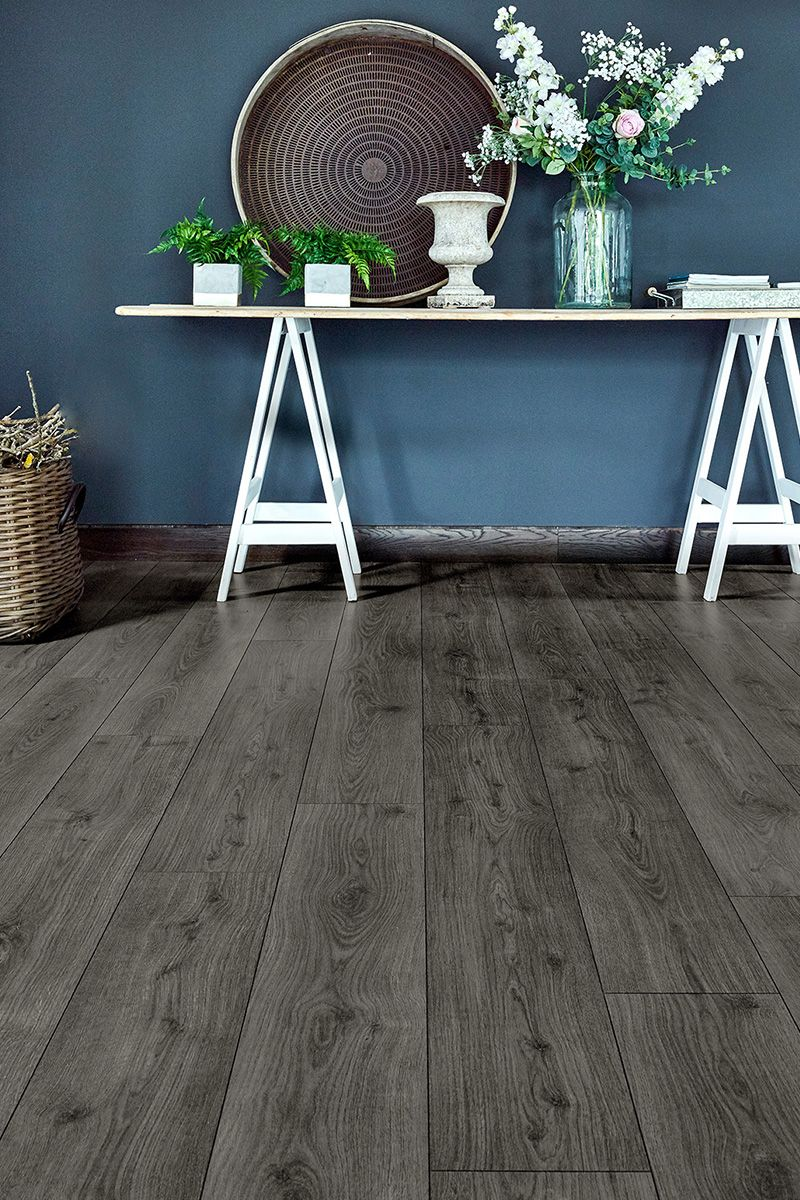 Aqualock 8mm Laminate Flooring Suede Grey Oak Grey Laminate Flooring Grey Wood Floors Dark Oak Flooring