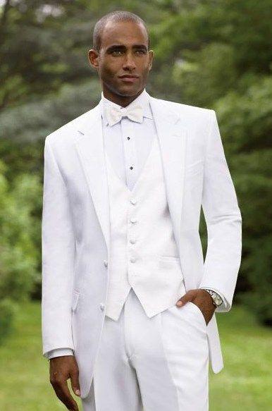 c0fb3a8be traje de novio blanco entero | Total white en 2019 | Traje de novio ...