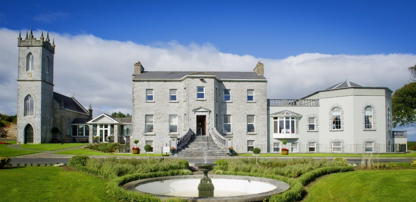 Glenlo Abbey Hotel Offers 5 Star Luxury Accommodation In Galway On The Edge Of Connemara Just From City Book Your Break