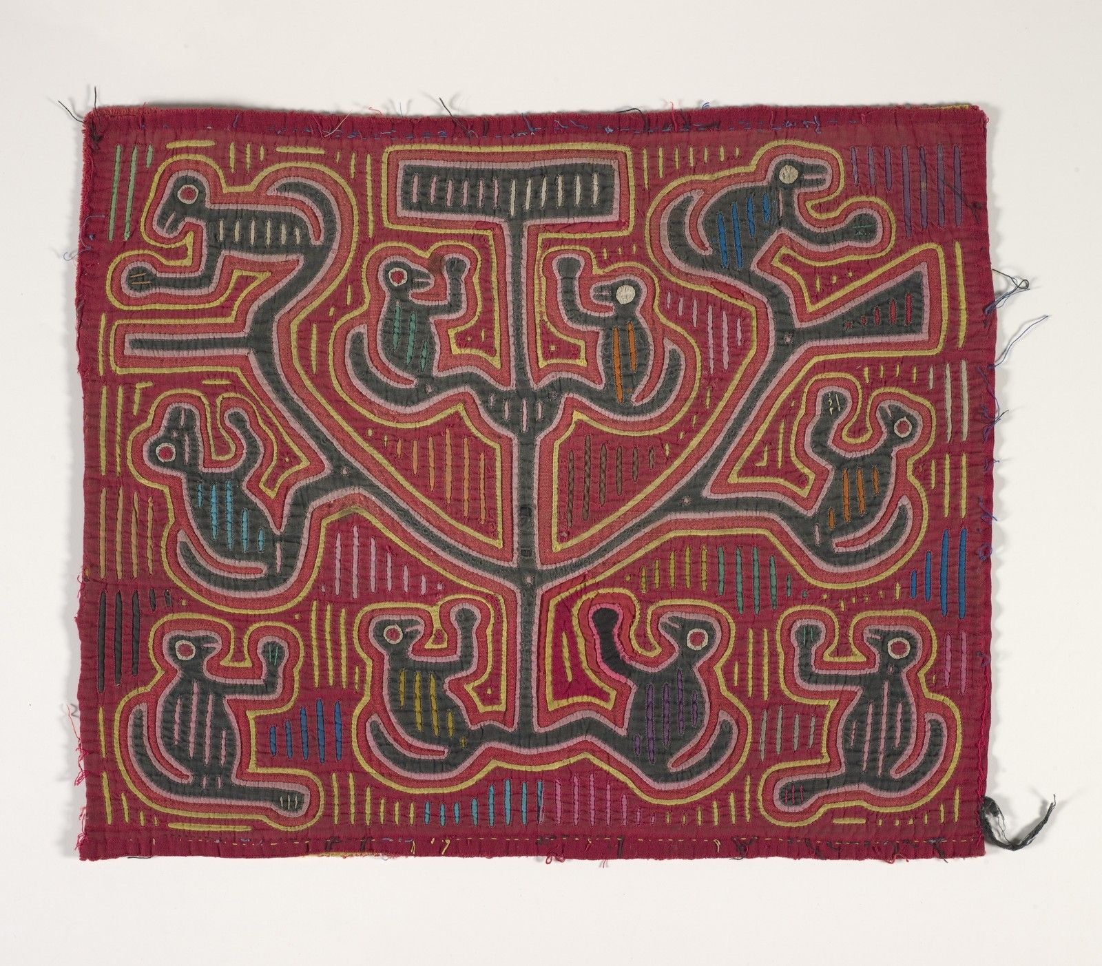 shirt panel (mola)   Indianapolis Museum of Art The Paul and Irene Hollister Collection of Kuna molas