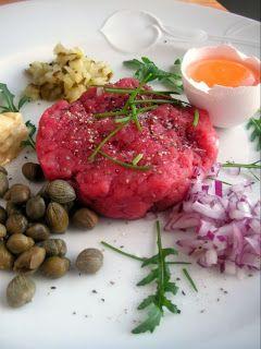Steak Tartare, raakapihvi. Kylmää ruokaa kesän helteisiin, pihvi joka sopii yhtä hyvin 5:2 paastoon