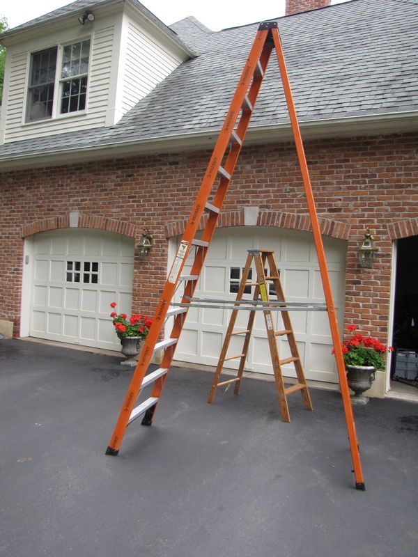 Absolute Auctions Realty Wooden Ladder Step Ladders Realty