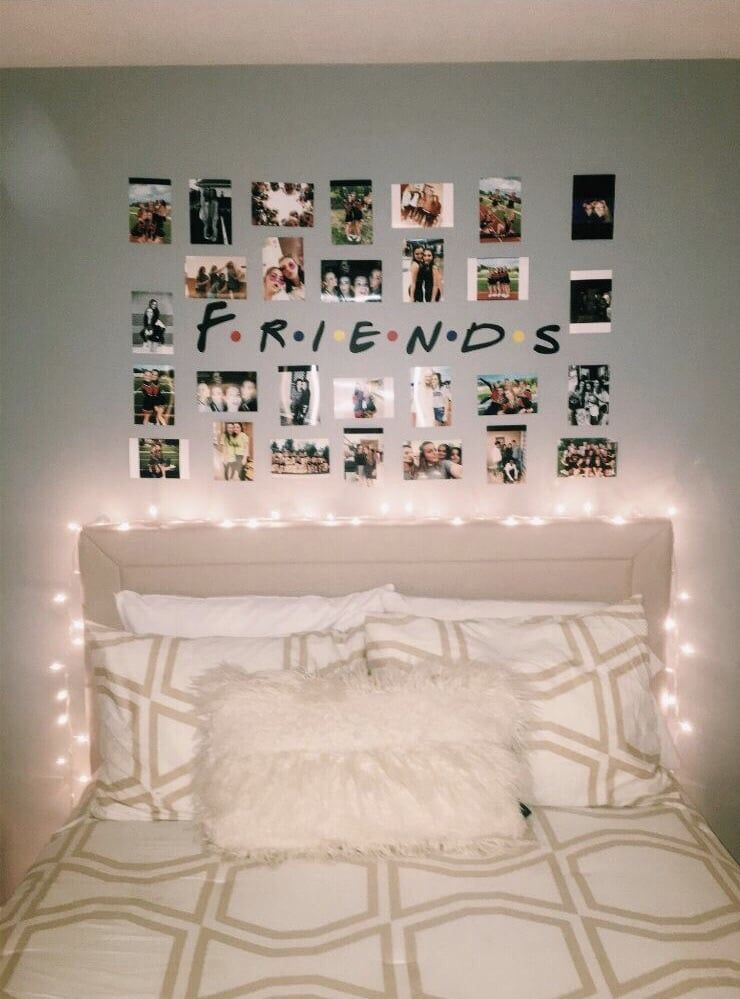 Image Shared By L O A N E Find Images And Videos About Tumblr Friends And Room On We Heart It T Dorm Room Wall Decor Cozy Bedroom Design Room Ideas Bedroom