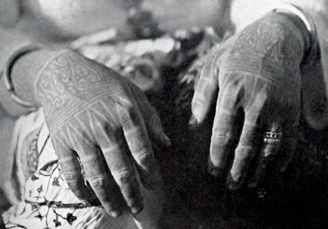 51782c6fb Pin by Palan Temuai Guesthouse on Tribal Tattoos | Hand tattoos ...