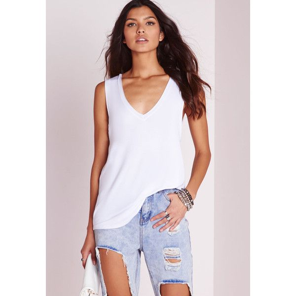 ce16dabd61 Missguided Longline V Neck Vest (41 RON) ❤ liked on Polyvore featuring tops,  white, longline vest, sleeveless white t shirts, v neck tank top, white tank  ...