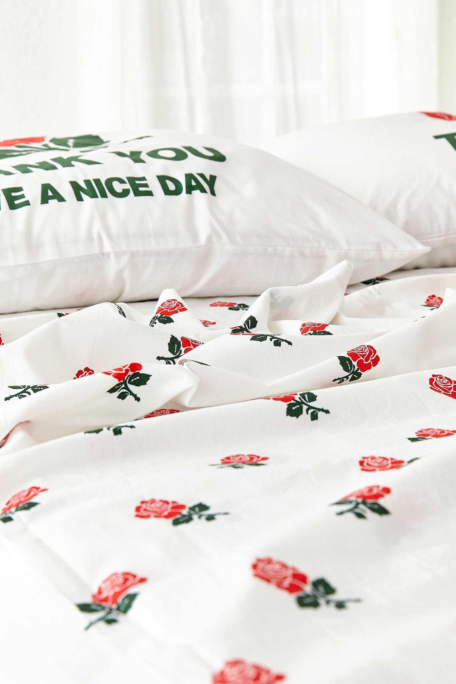 Slide View 4 Chinatown Market For Uo Roses Sheet Set
