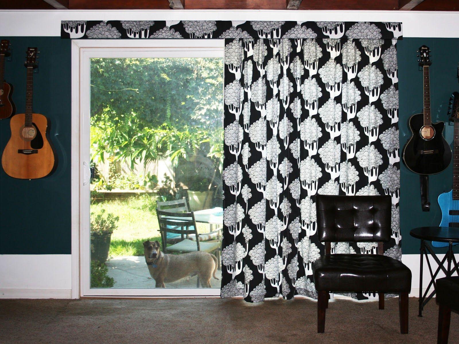 Moms eat cold food hanging curtains on a vertical blind track i
