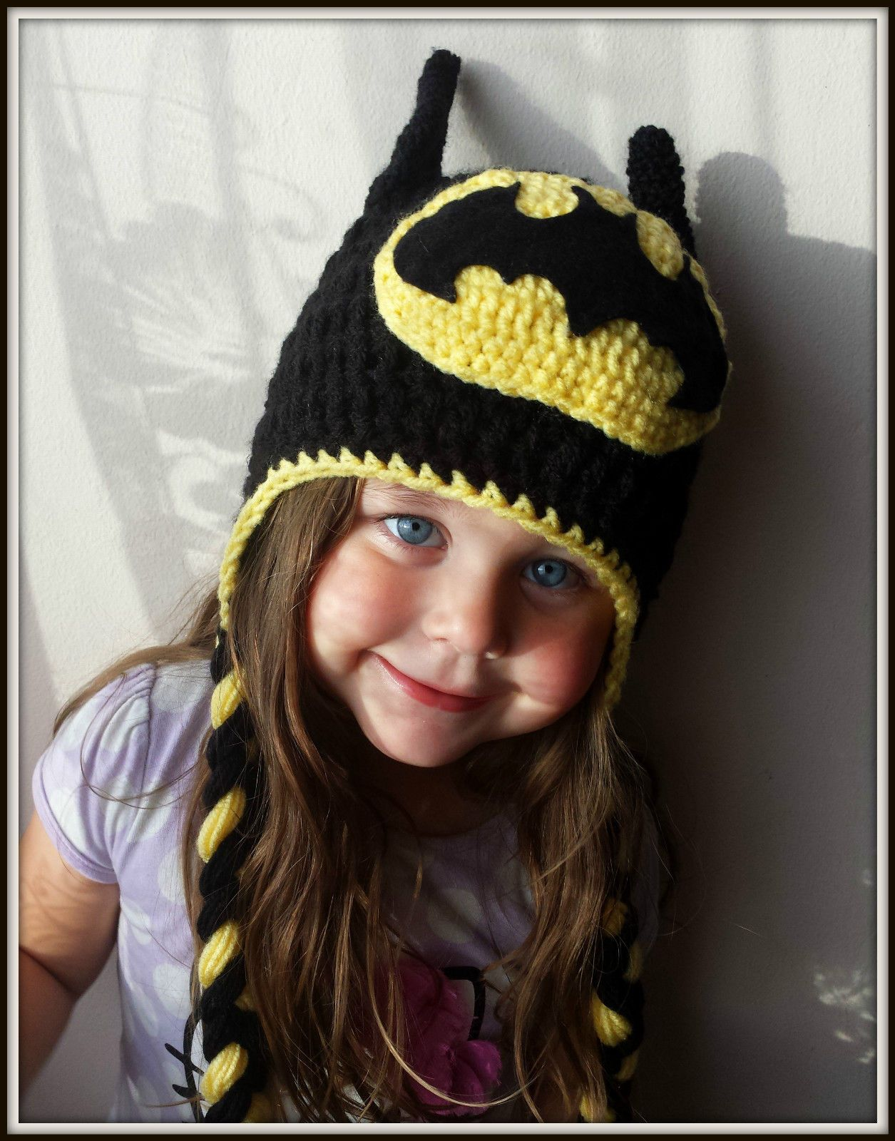 Batman crochet handmade kids baby hat size from 3-6 months to adult CHunky