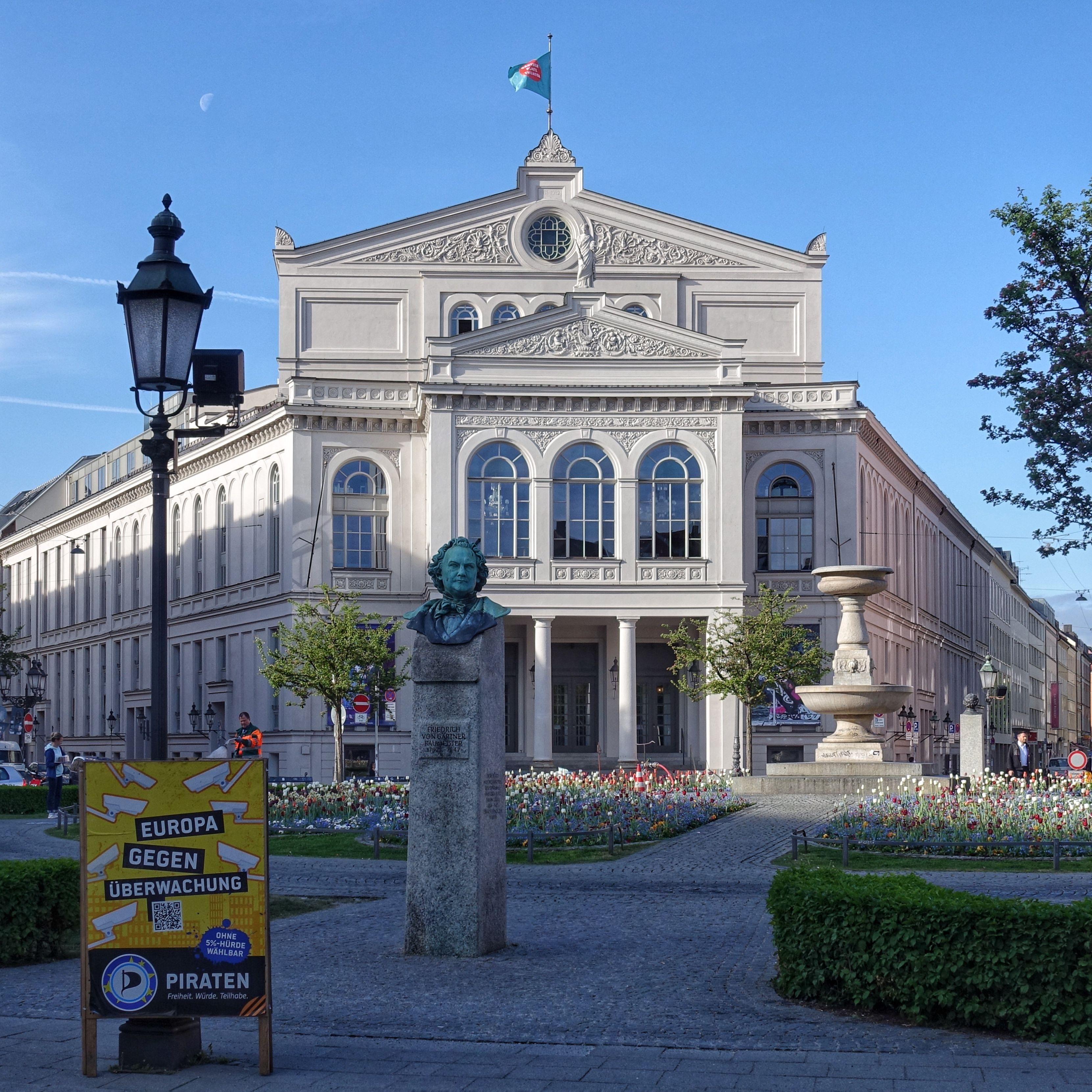 Munich Germany Munchen Deutschland Gartnerplatztheater Am Gartnerplatz In Der Isarvorstadt