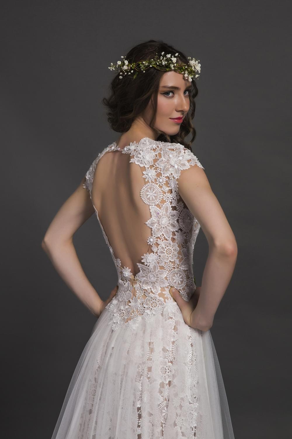 Lightweight wedding dresses  Open back floral lace aline light weight sheath dress rustic