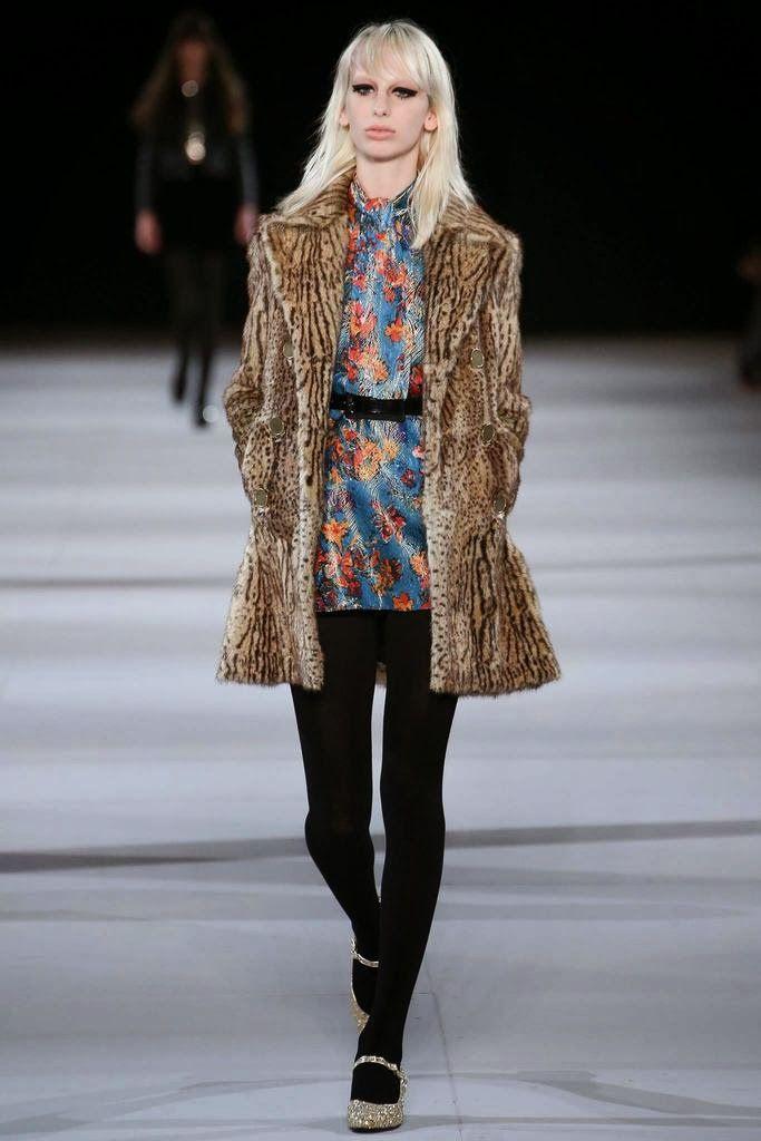 Más vestidos para ti: Saint Laurent Paris Fashion Week Otoño Invierno 20...