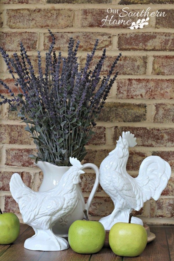 Thrift Store Rooster Makeover – Our Southern Home