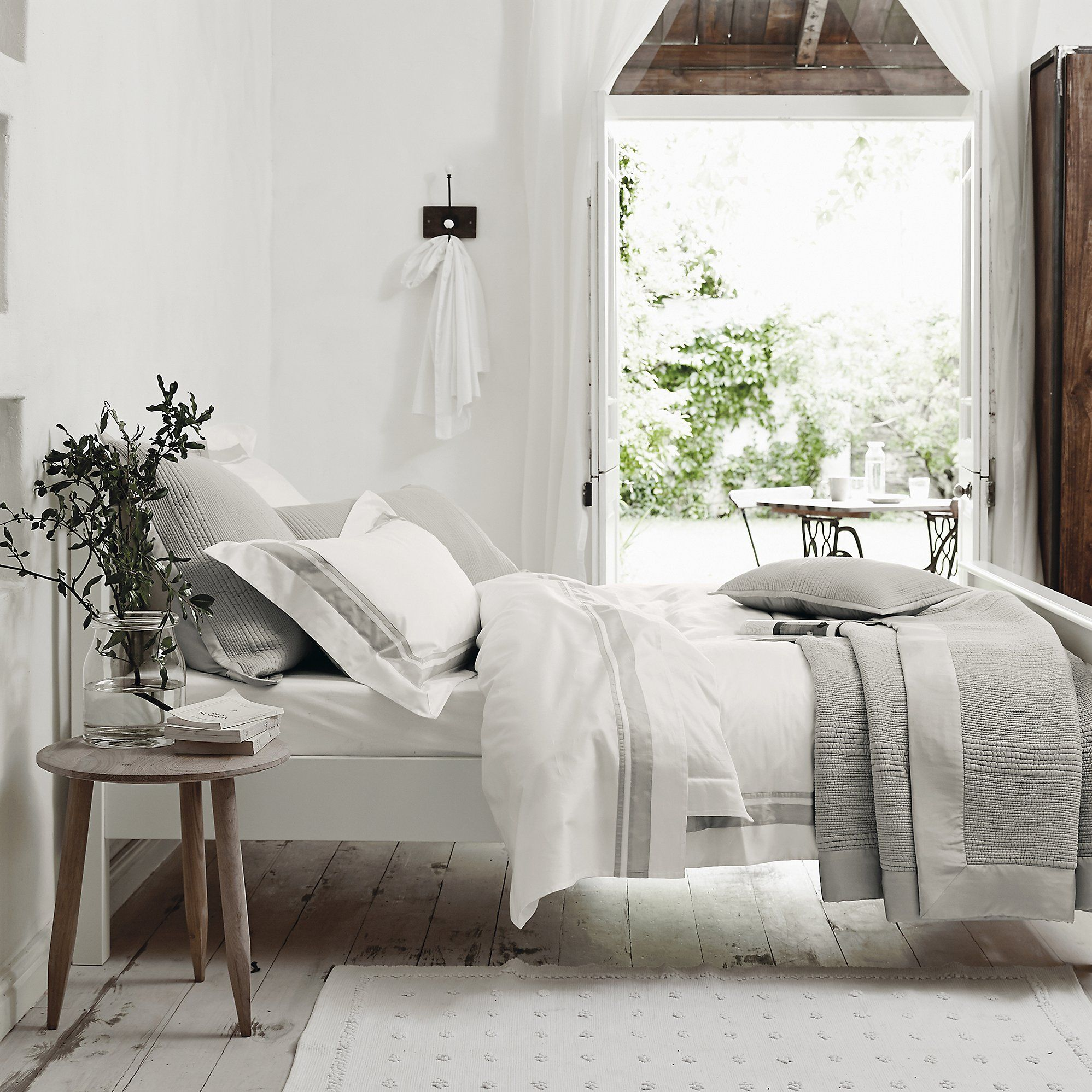 Best Brompton Bed Linen Collection Bedroom The White 400 x 300