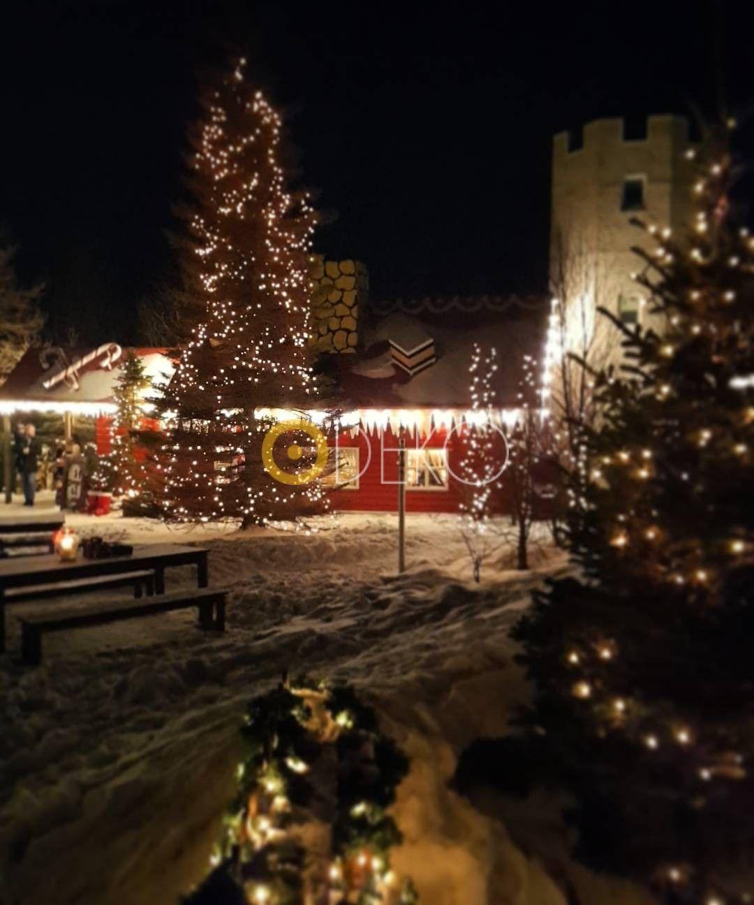 Weihnachtsbeleuchtung Kranz.Gartendeko Ideen Zu Weihnachten 2019 Weihnachten Christmas