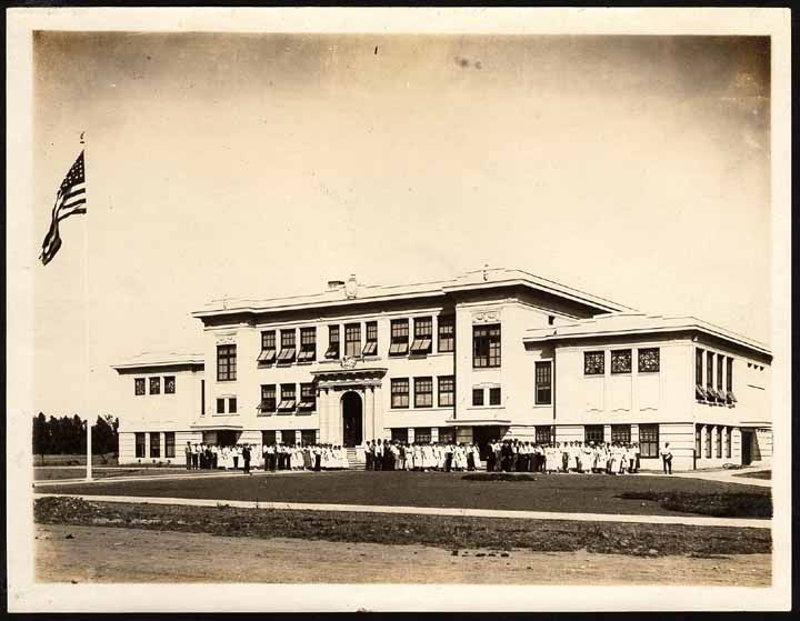 This Is Orland High School In Orland Seen Between 1915 And 1917 Courtesy Of The California History Room California St California History House Styles Orland