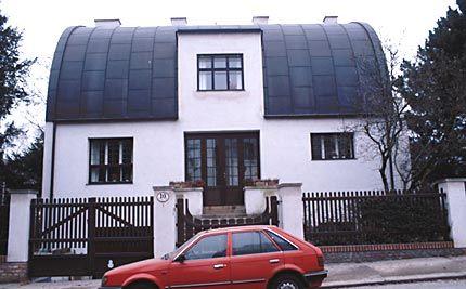 Steiner Haus (Loos) - front elevation