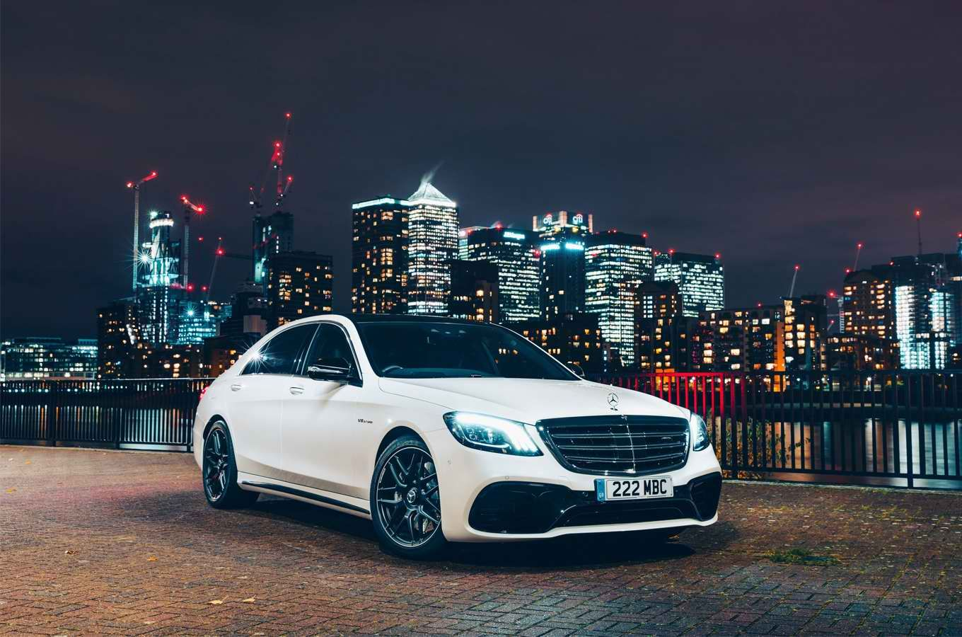 List Of Top 20 Most Luxurious Cars Board Our Online Magazine Especially For Lovers Of Luxury Selects More High Mercedes Wallpaper Best Luxury Cars Mercedes