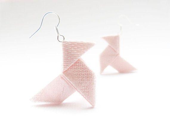 Rose smoke Origami earrings Silk OOAK by Jye Handmade par Joliejye, €25,00