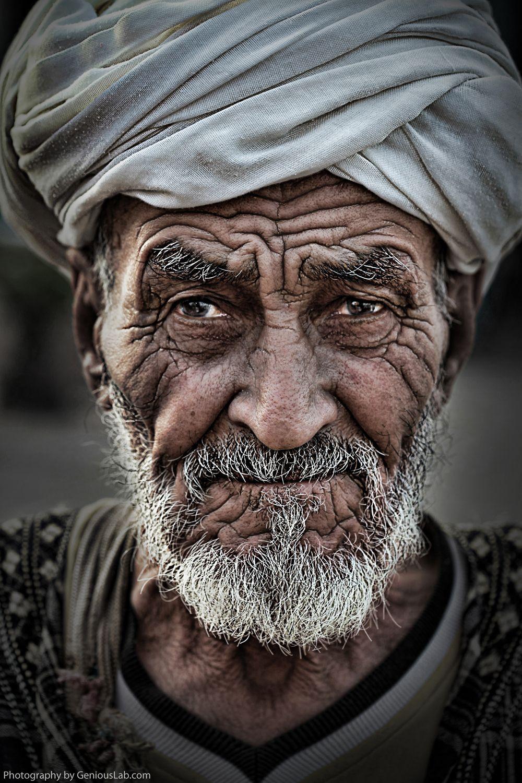 photo portrait marrakech old man photo pinterest portrait