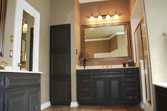 painted walls and ceiling sherwin williams sw 2827 colonial revival stone repainted cabinets. Black Bedroom Furniture Sets. Home Design Ideas