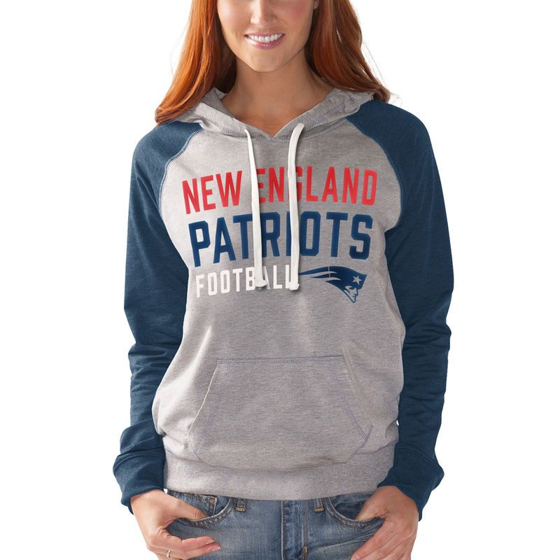 New England Patriots G-III 4Her by Carl Banks Women's West Coast Pullover Hoodie - Heathered Gray