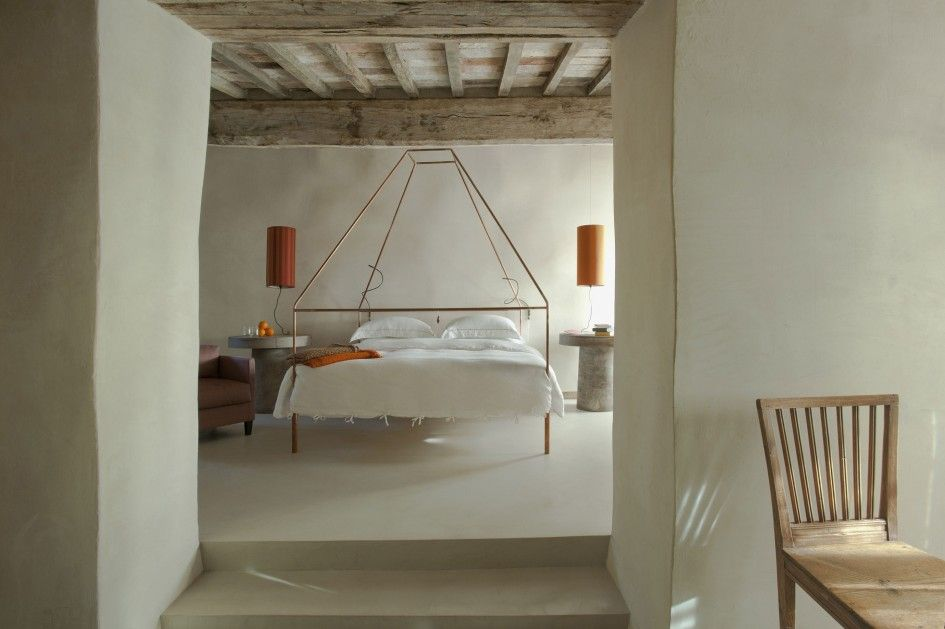 architecture exposed ceiling beams bedroom rustic hotel design with white interior color decorating ideas and - Rustic Hotel Decorating