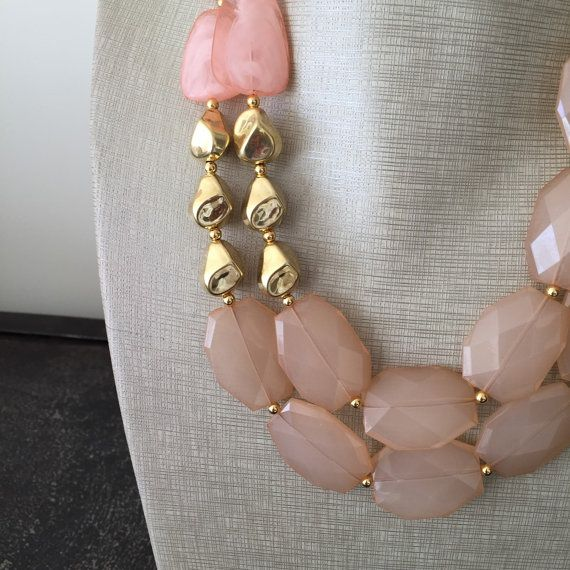 Our Strawberry and Champagne Necklace por icravejewels en Etsy