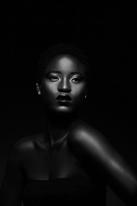 Black ebony head