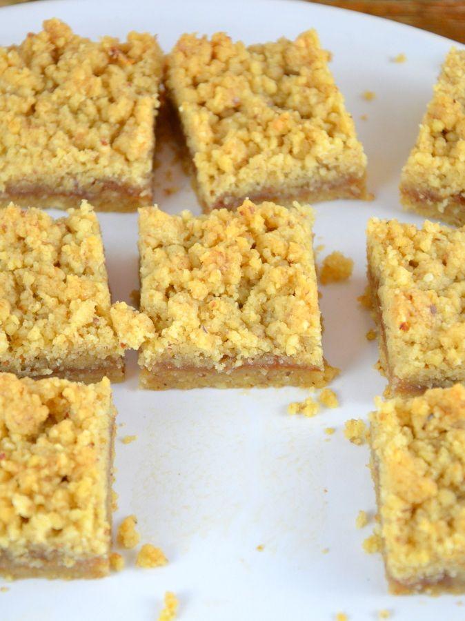 Streuselschnitten mit Marmelade – einfach und krümelig - Ich muss backen