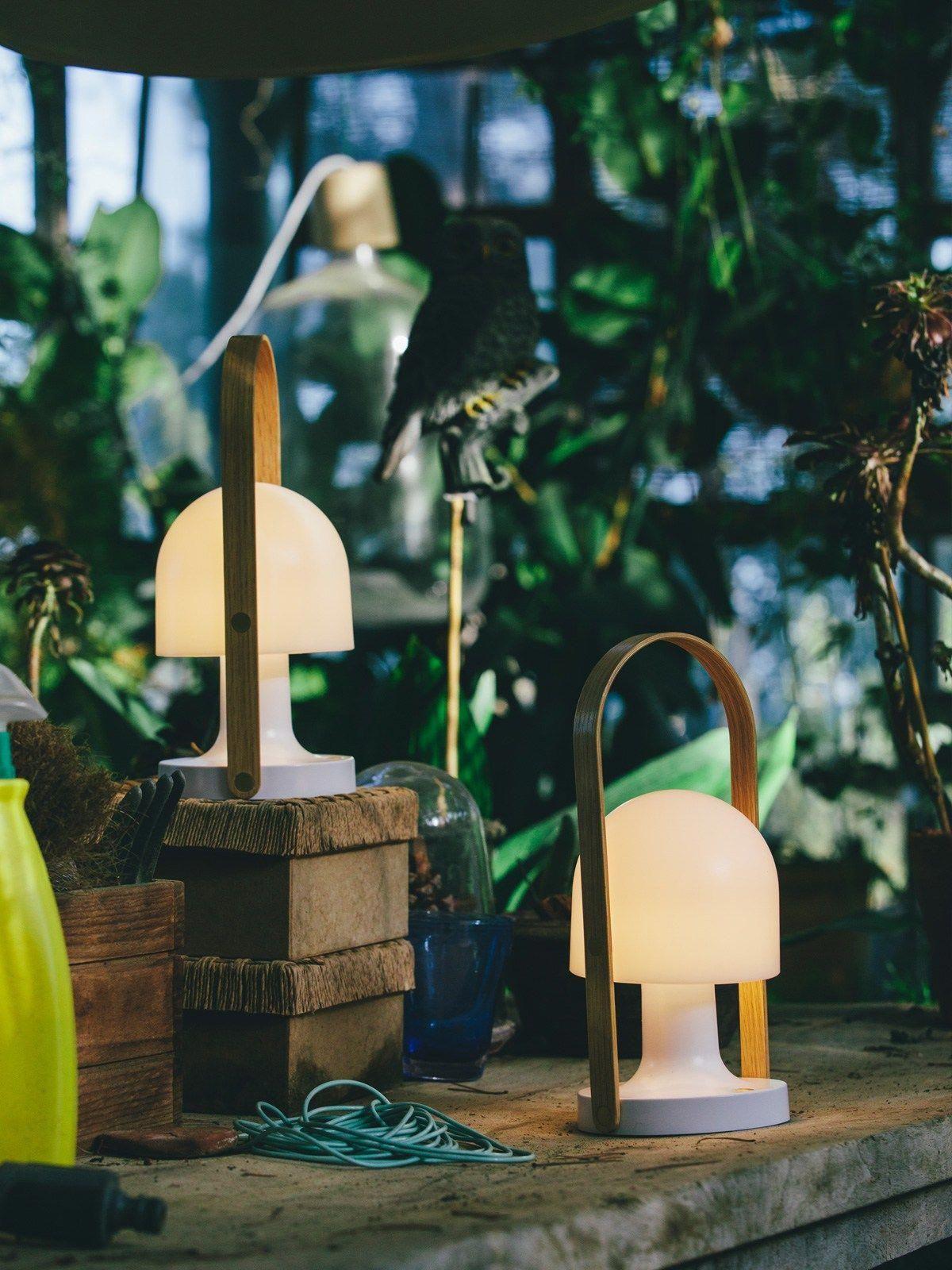 Followme Im Garten Aufladbare Tragbare Led Leuchte Lamp Lampe Spanisch Design Reddot Ledlamp Portable Lamps Marset Lamp