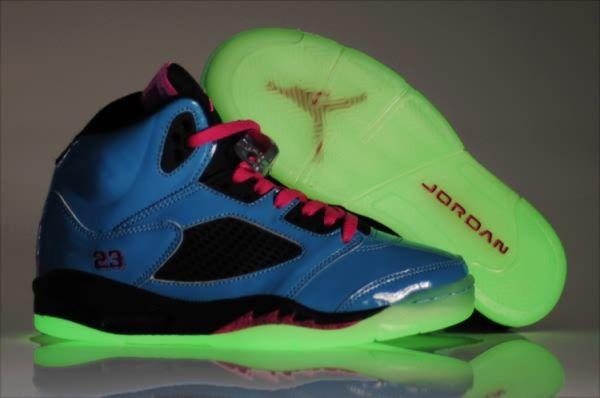 8cb8384a84b9b9 Air Jordan Retro 5 Night Light Women s shoes Blue Black Pink