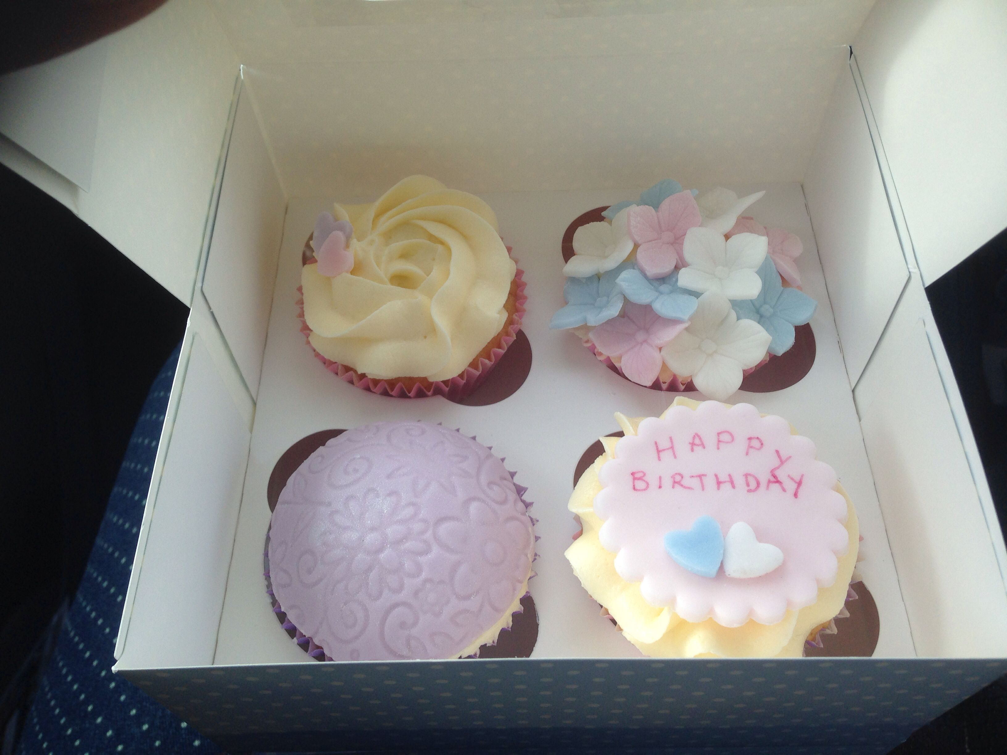 Birthday Flower Cupcakes Made By My Mate Cakes Pinterest