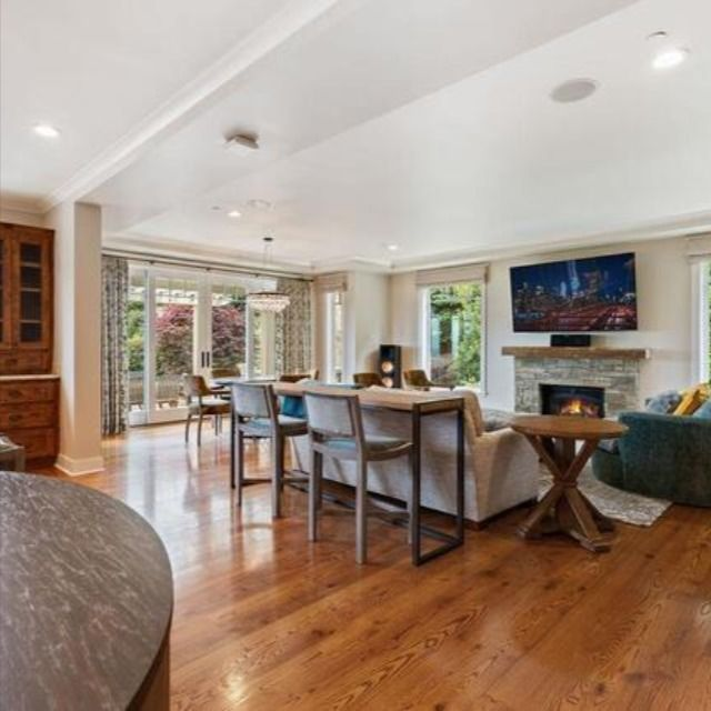 965 Lakeview Way Redwood City, CA 94062 | $3,700,000 4 Beds | 3 Baths | 3,120 Sq. Ft.  For questions or for private showing contact: Carolyn Botts Compass P: (650) 207-0246 E: carolynb@apr.com  #homeforsaleinRedwoodCity #homesforsale #RedwoodCityHomes #houseforsale #forsale #realtor #compass #realestate #luxuryrealestate #realestateagent #dreamhome #realestatemarket #homes #findhome  #homebuyers #housingmarket #siliconvalleyhomes #siliconvalley #carolynbotts #carolynbottsrealtor