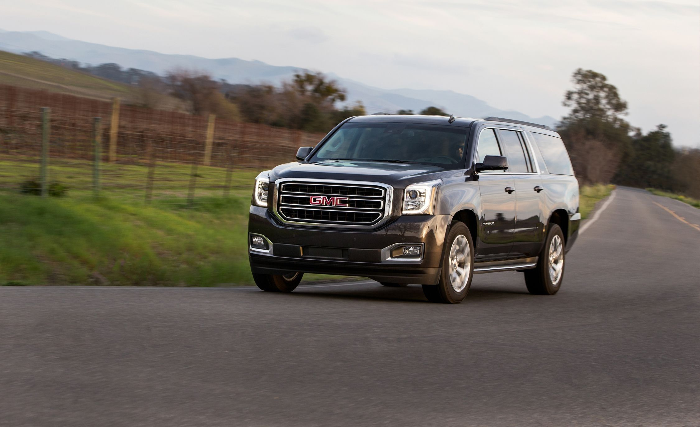 2019 Gmc Yukon Towing Capacity Review Specs And Release Date