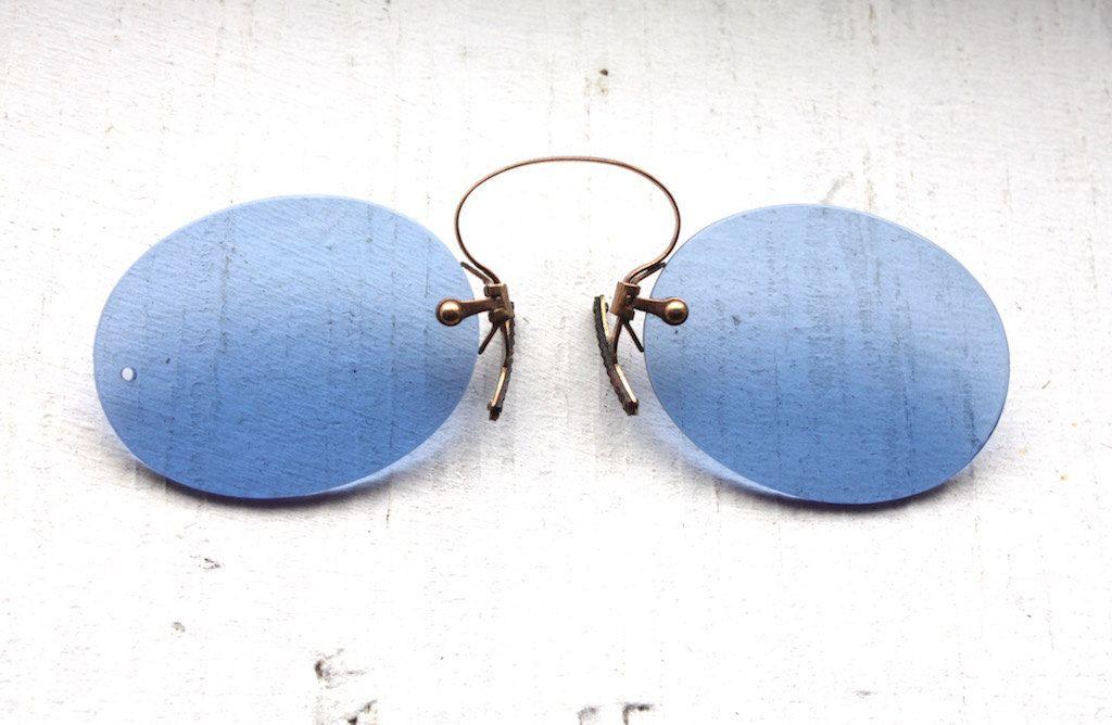 1fa3e701ce6 Rare Antique 1800 s Pince Nez    Victorian Cobalt Blue Lens Spring Bridge  Sunglasses    Civil War Era Lorgnette by ifoundgallery on Etsy