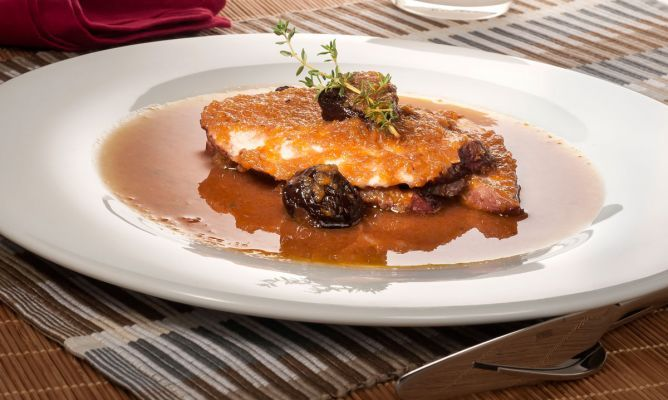 Receta De Pechuga De Pavo En Salsa De Oporto Receta Pechuga De Pavo Recetas Con Pechuga Y Recetas Con Carne